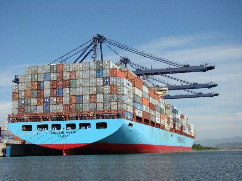 contenedores-barco